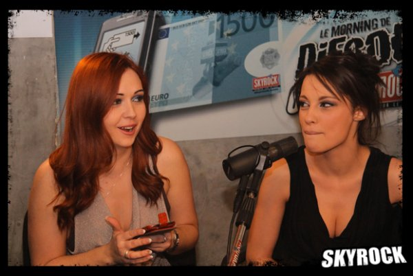 Nikita Bellucci et Angel Summers sur Skyrock 