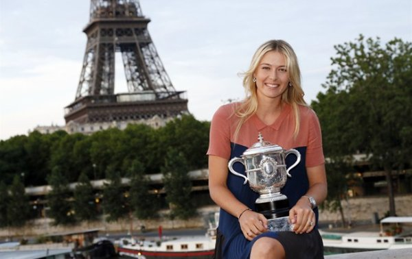 Maria SHARAPOVA victorieuse  ROLAND GARROS en 2012